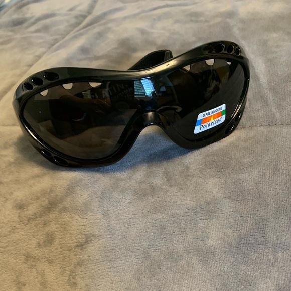 111136971084 Platinum Sun Accessories | Nwt Sea Surf Polarized Sunglasses | Poshmark